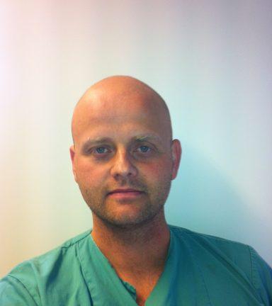 Veterinær Lars Gundersen