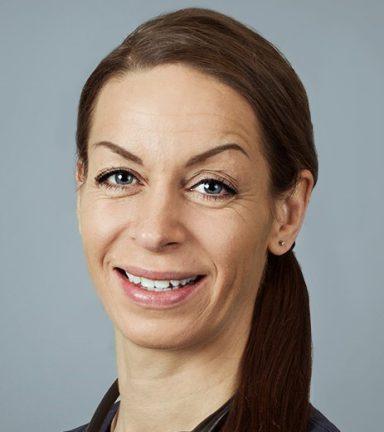 Veterinær Renate Sjølie